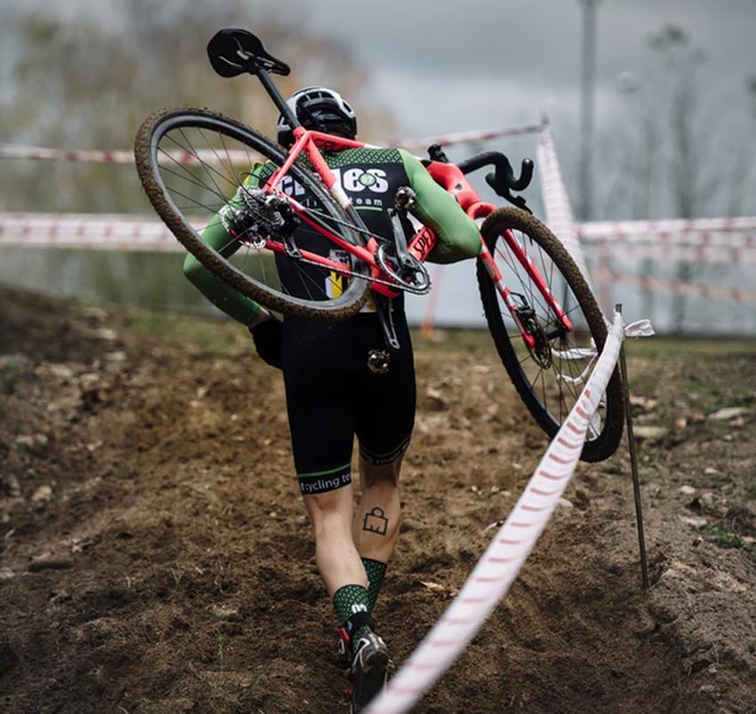 Verschil gravel bike cyclocross fiets
